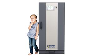 Sonnenbatterie Maedchen 290x180